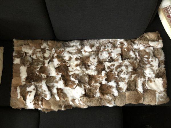 Kaninchenfelldecke hell braun, natur weiß